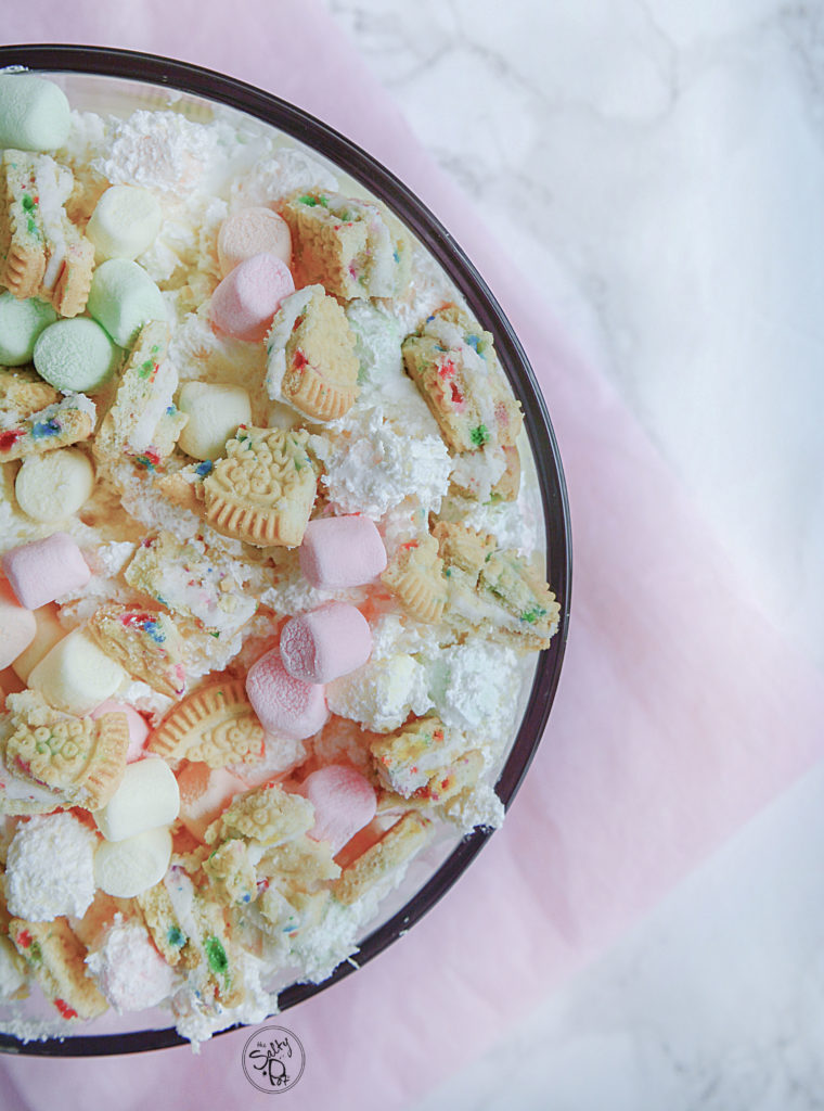 Marshmallow Cookie Trifle!! A delicious dessert with a crunchy cookie mixed with soft pudding and bouncy marshmallows piled into a dessert trifle that's perfect for any occasion, especially birthdays!! #nobakedessert