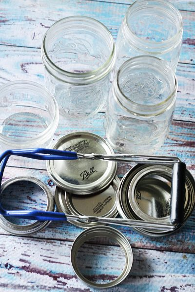 If you've never made jam using the water bath canning method, take a peek at this post. It's the easiest and best way to get started in the world of canning!