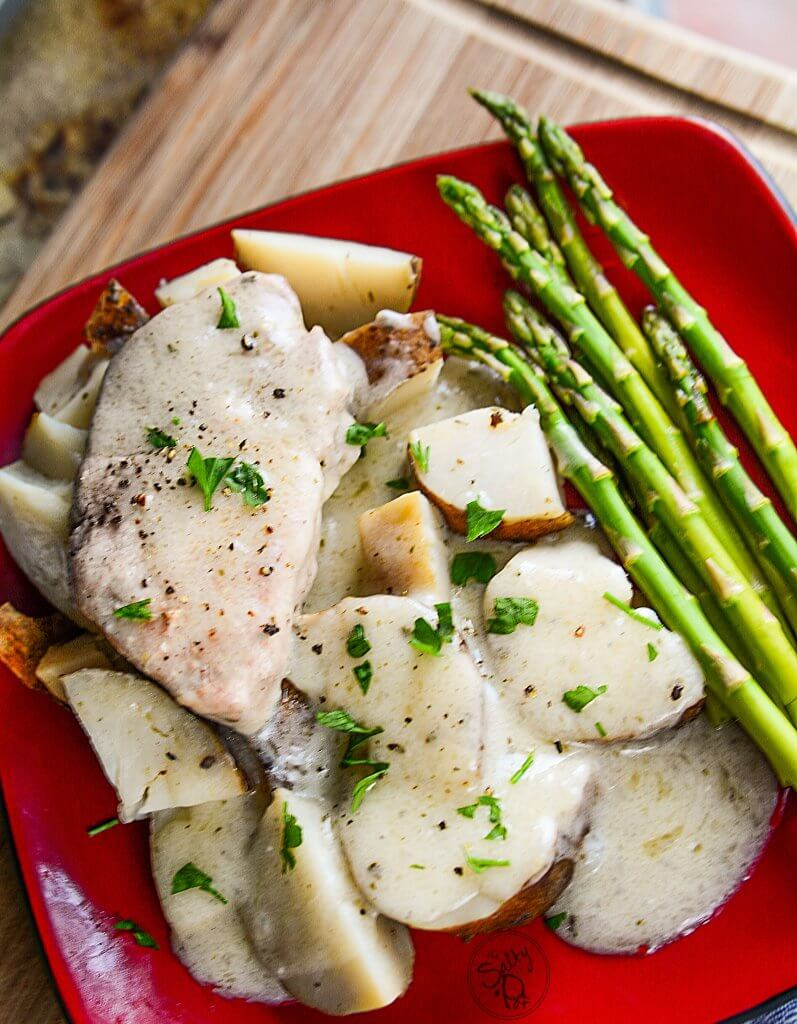 This recipe for buttery ranch pork chops done in the Ninja Foodi is definitely a perfect dinner or lunch for the whole family! Super easy to prepare! - The Salty Pot