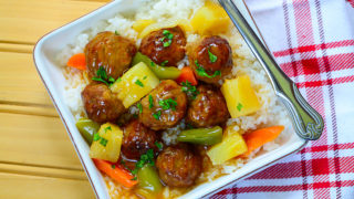INSTANT POT SWEET AND SOUR PINEAPPLE MEATBALLS