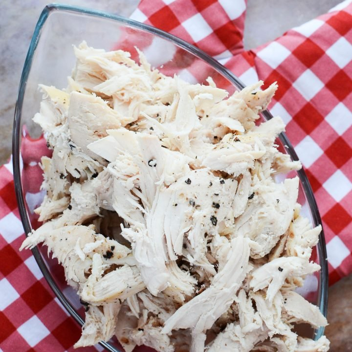 SLOW COOKER PULLED CHICKEN BREAST