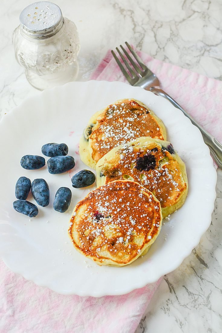 HONEY BERRY PANCAKES