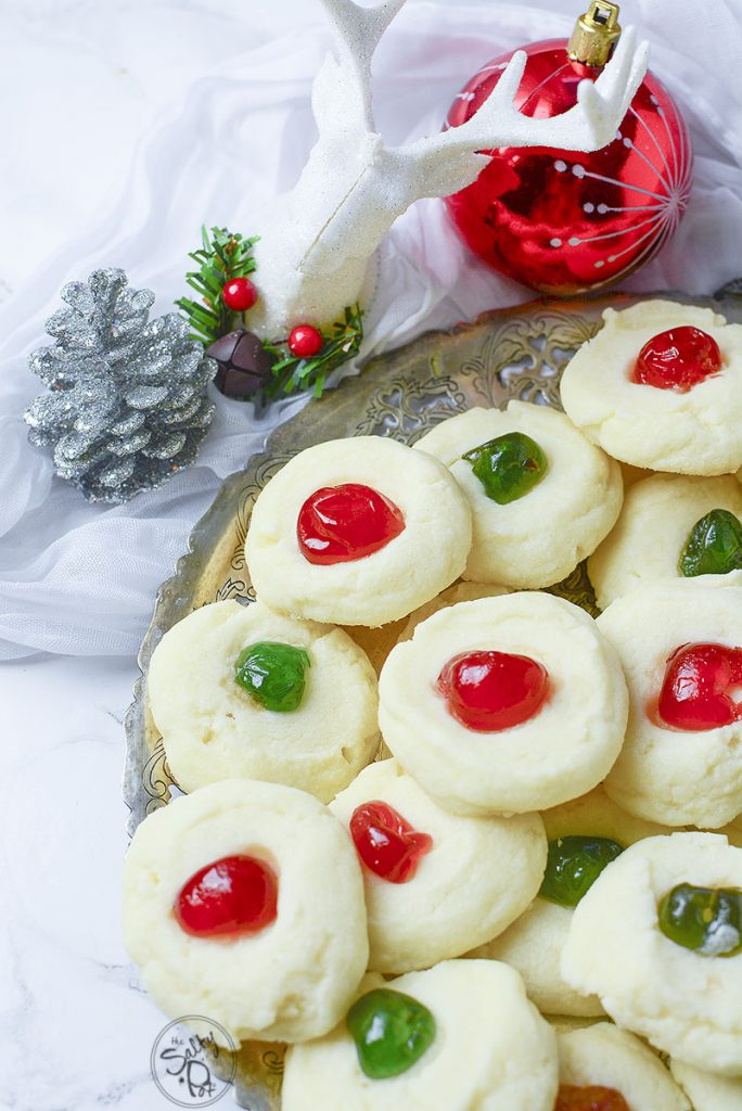 Here they are, in all their glory! Sitting on a platter, these bejeweled whipped shortbread cookies look delicious!