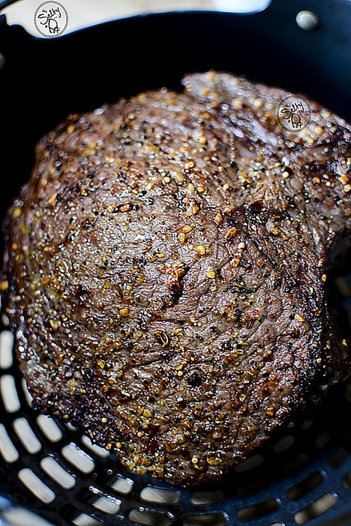 I love all that seasoning that's caramelized on the roast beef as it was air fried in the basket.
