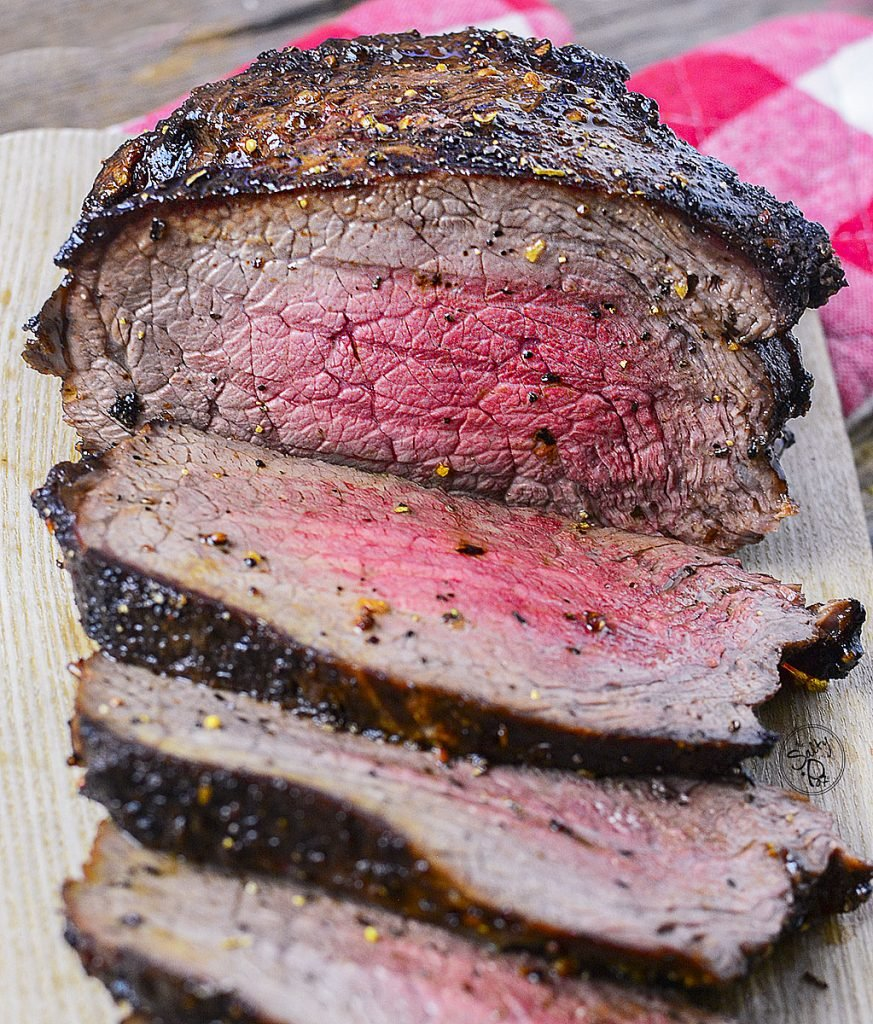 Roasted to a perfect medium level  of doneness, this roast shows it's totally possible to air fry roast beef!